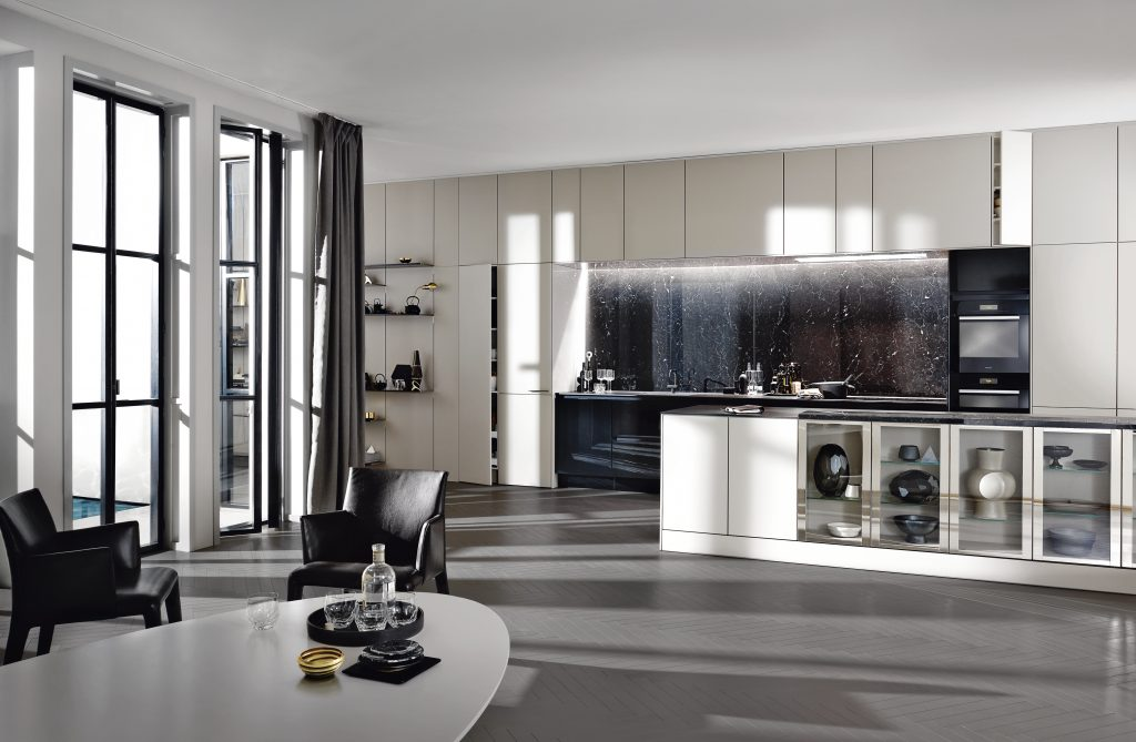 SieMatic - PURE Collection SE8008 (P.58) MED