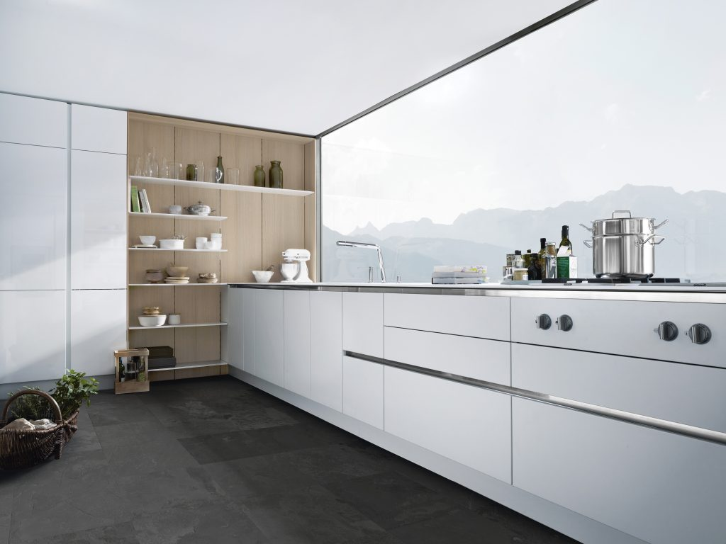 SieMatic - PURE S2 and FloatingSpaces (P8) MED